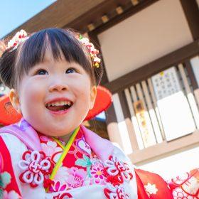 神奈川県大和市の浅間神社に出張撮影した七五三記念日の女の子