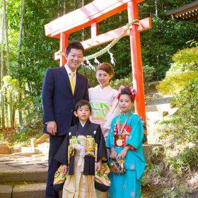 神奈川県川崎市麻生区の琴平神社に出張撮影した七五三詣での家族の写真